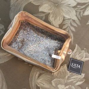 Ultra makeup bag